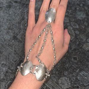 HOST PICK 🥳🎉🥳🎉 - Vintage Kul Slave Bracelet